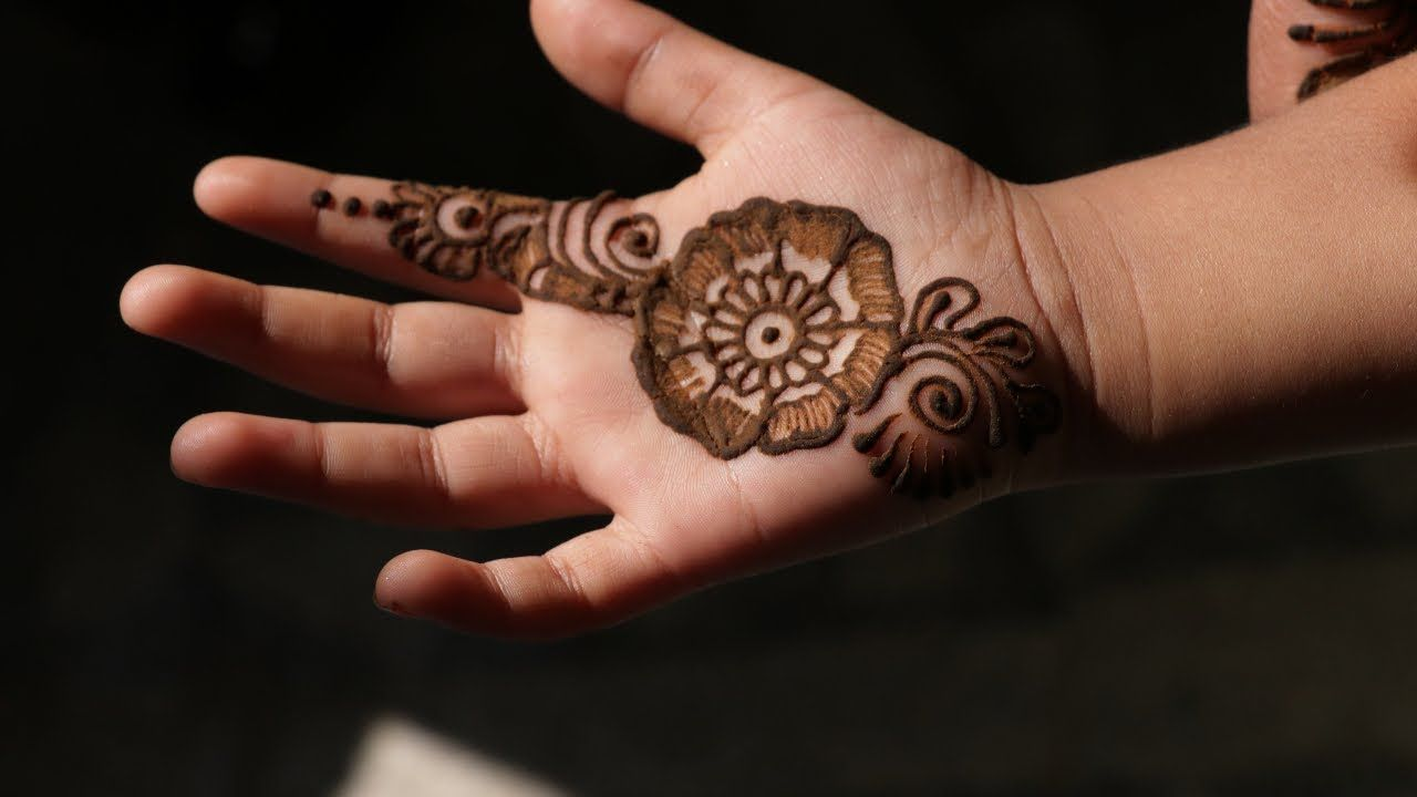 Mehandi Design For Baby Girls