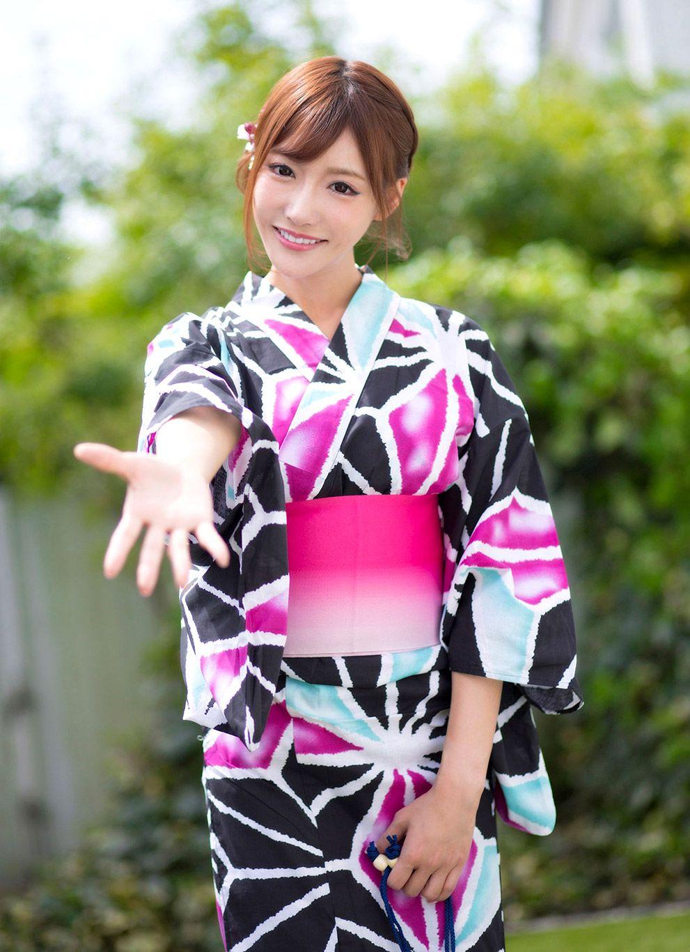 Pin on https://javflash.com - Kirara Asuka (明日花キララ)