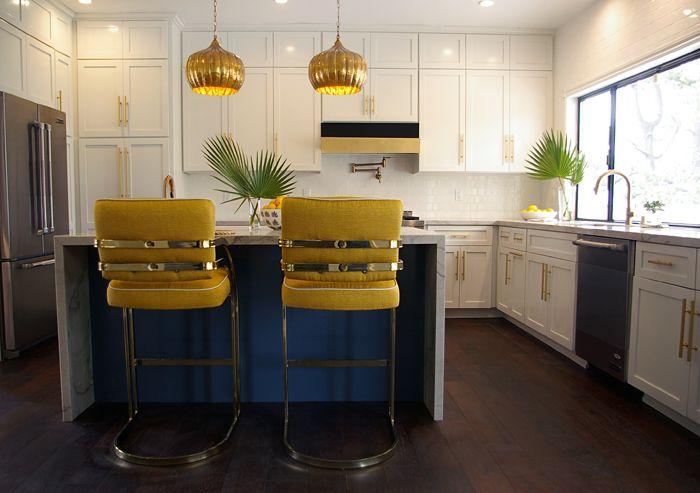 Beautiful Kitchen White Cabinets Gold Pulls Gold Bar