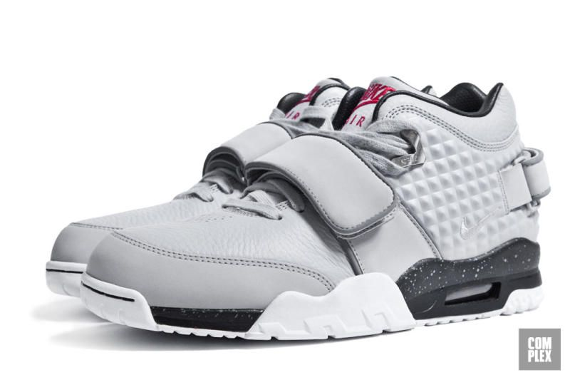 An Exclusive Look at Victor Cruz s First Nike Signature Sneaker ... af8c5f11d