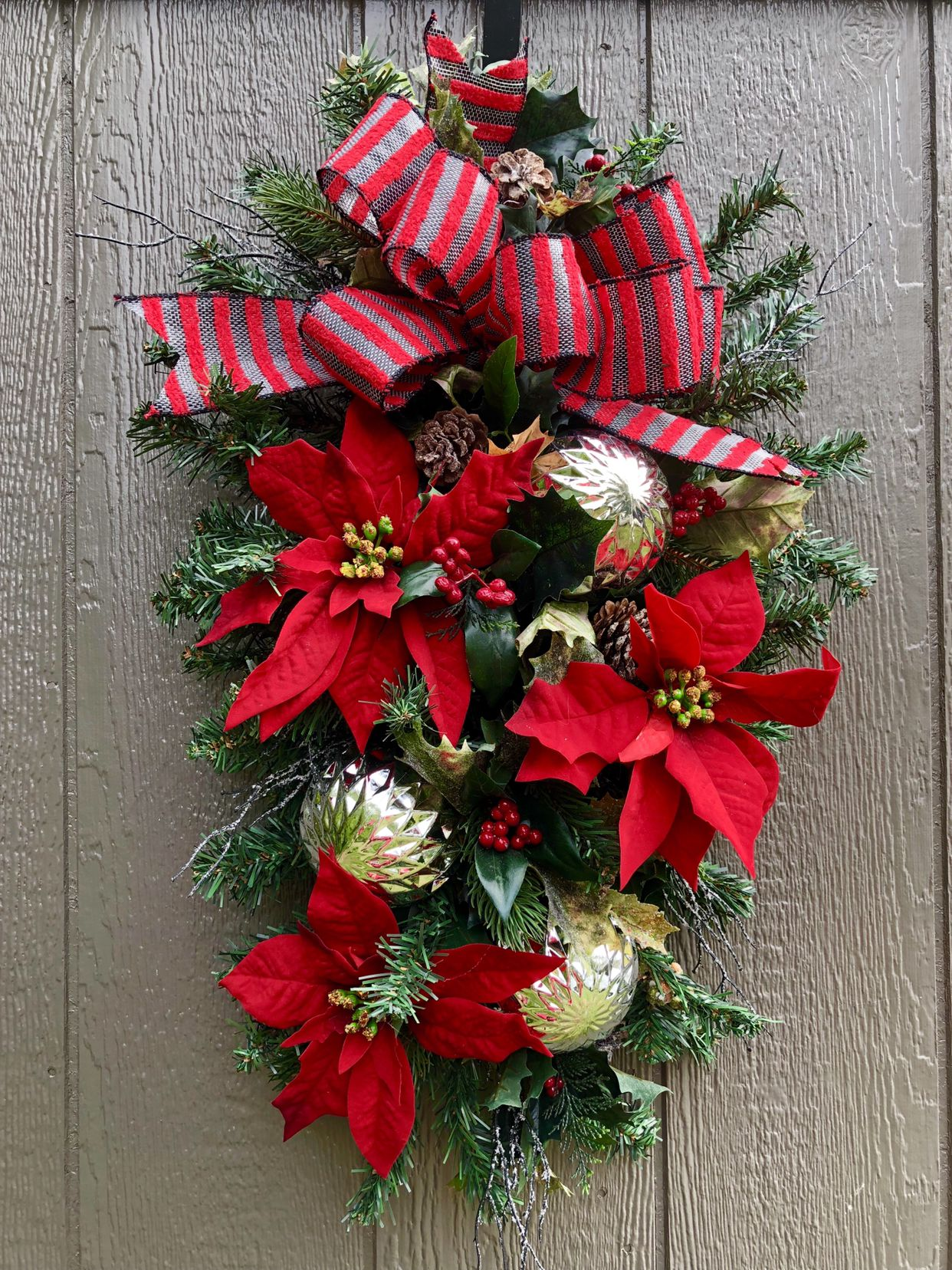 Pin by Sammy Stewart Design on Christmas Wreaths and Swags