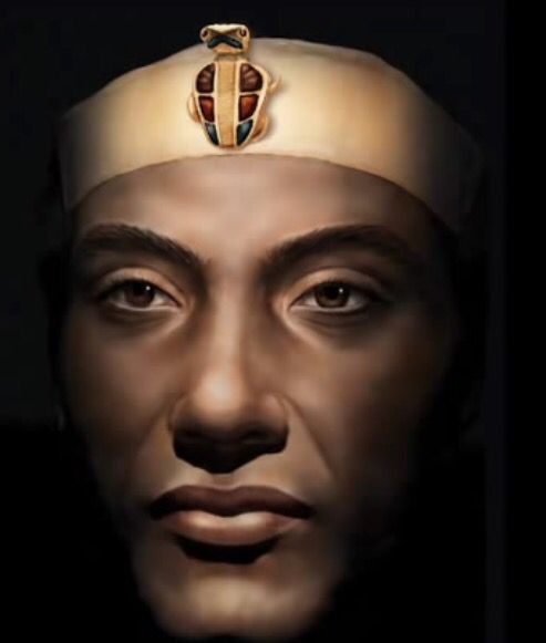 Akhenaten Photoshop face reconstruction