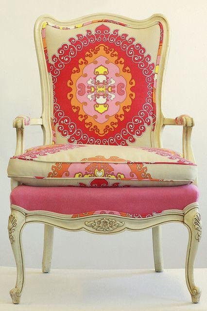 Cadeira / poltrona.