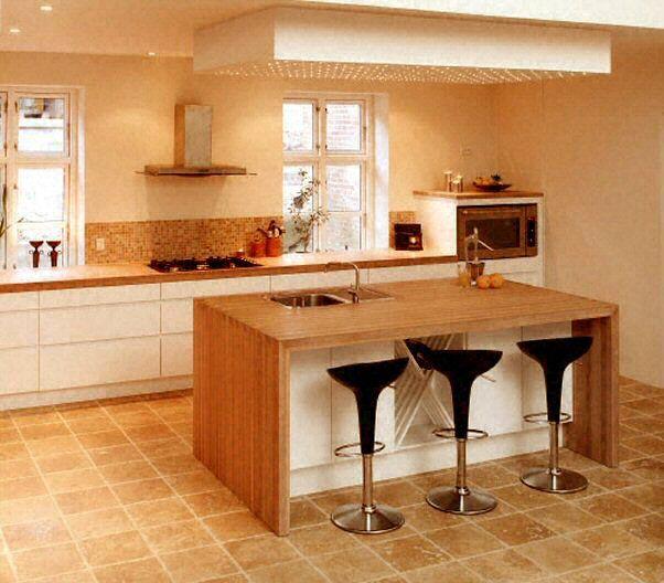 Cuisine - Plan de travail en îlot de cuisine classique, clair, en - installation plan de travail cuisine