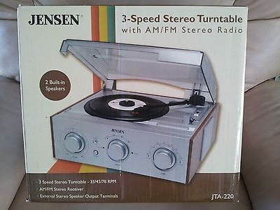 Wonderful Jensen JTA 220 3 Speed AM/FM Stereo Turntable Record Player W/