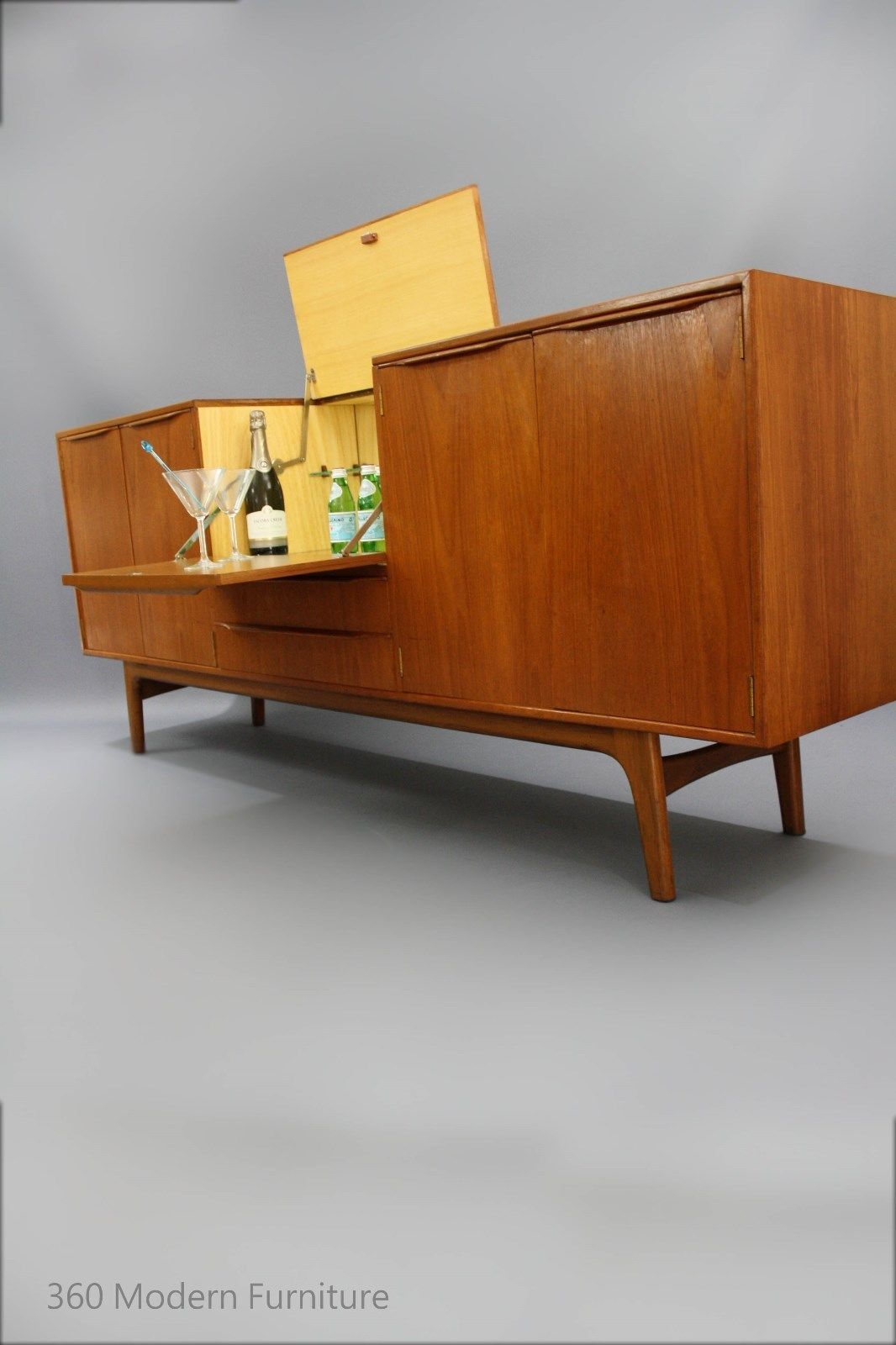 Mid Century Sideboard Buffet Cocktail Bar Teak Cabinet Retro Vintage