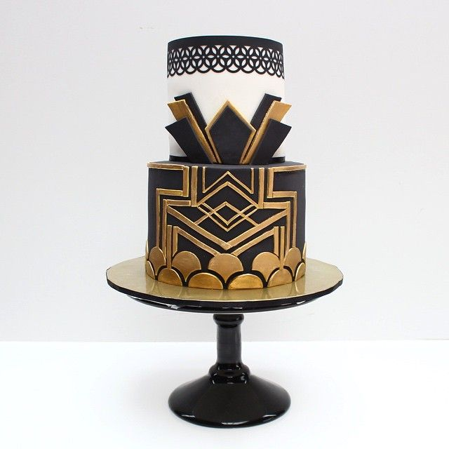 Great Gatsby Themed Cake Favourite Part Of The Cake Is The Bottom