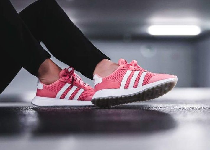 sneakers for cheap dba95 93a96 adidas Originals Flashback Primeknit Pink Adidas Sneakers, Pretty Shoes,  Pink Ladies, Adidas