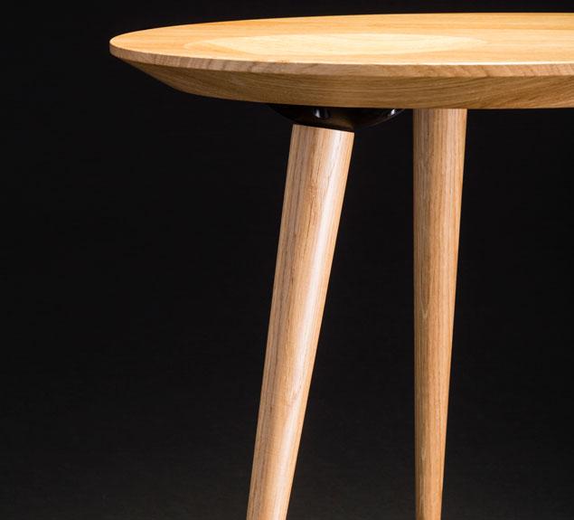 Design Beistelltisch Oval In Verschiedenen Grossen Von Mobilamo Design Beistelltisch Beistelltisch