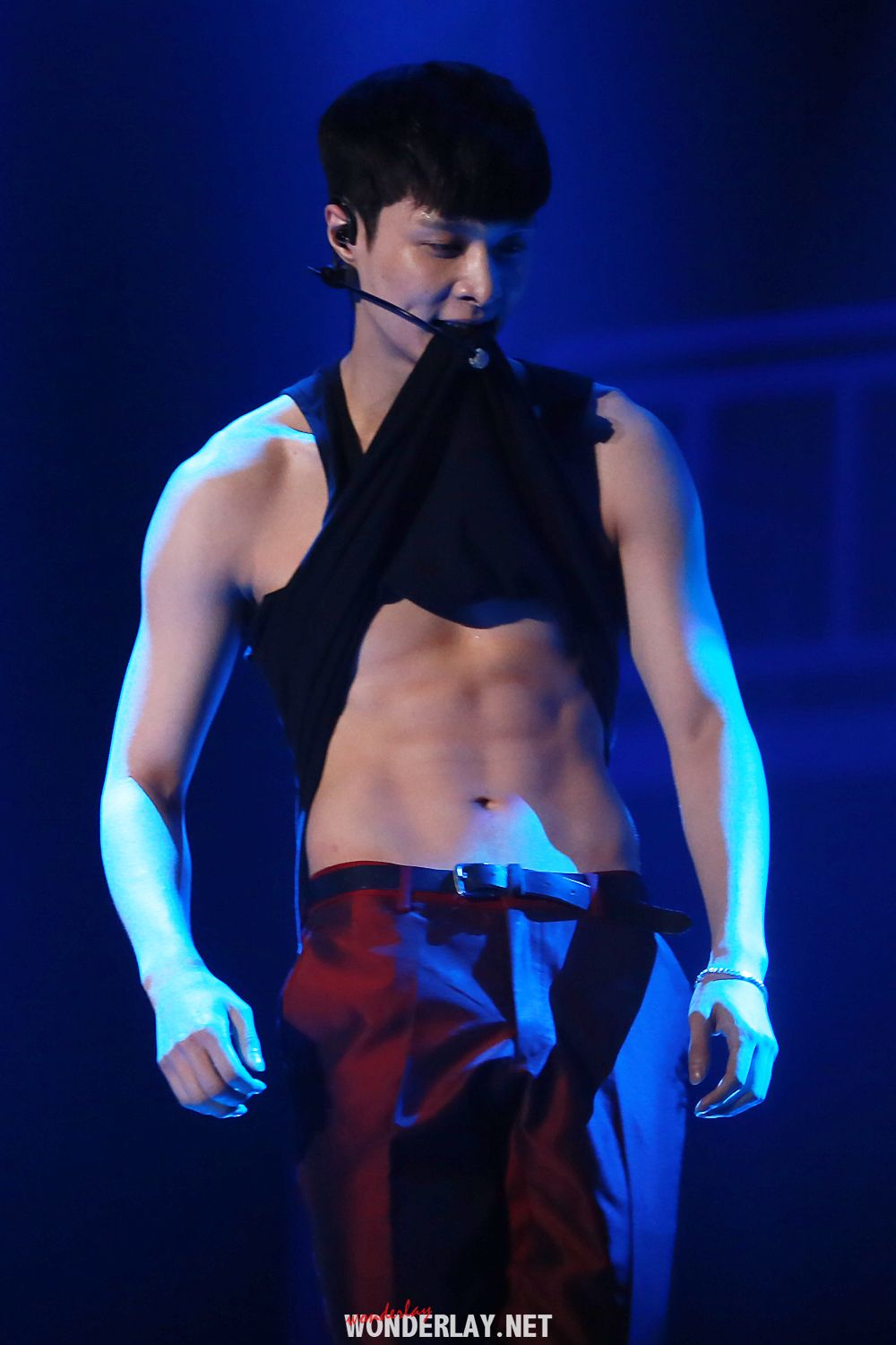 As if Lay showing his abs isn't hot enough, he has to do ...