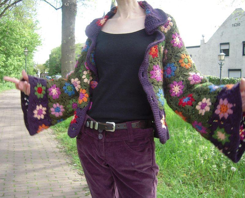 Beautiful granny square jacket!