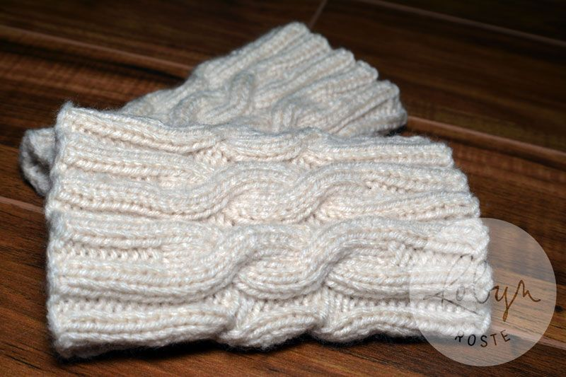 Cabled Boot Cuffs [Free Pattern