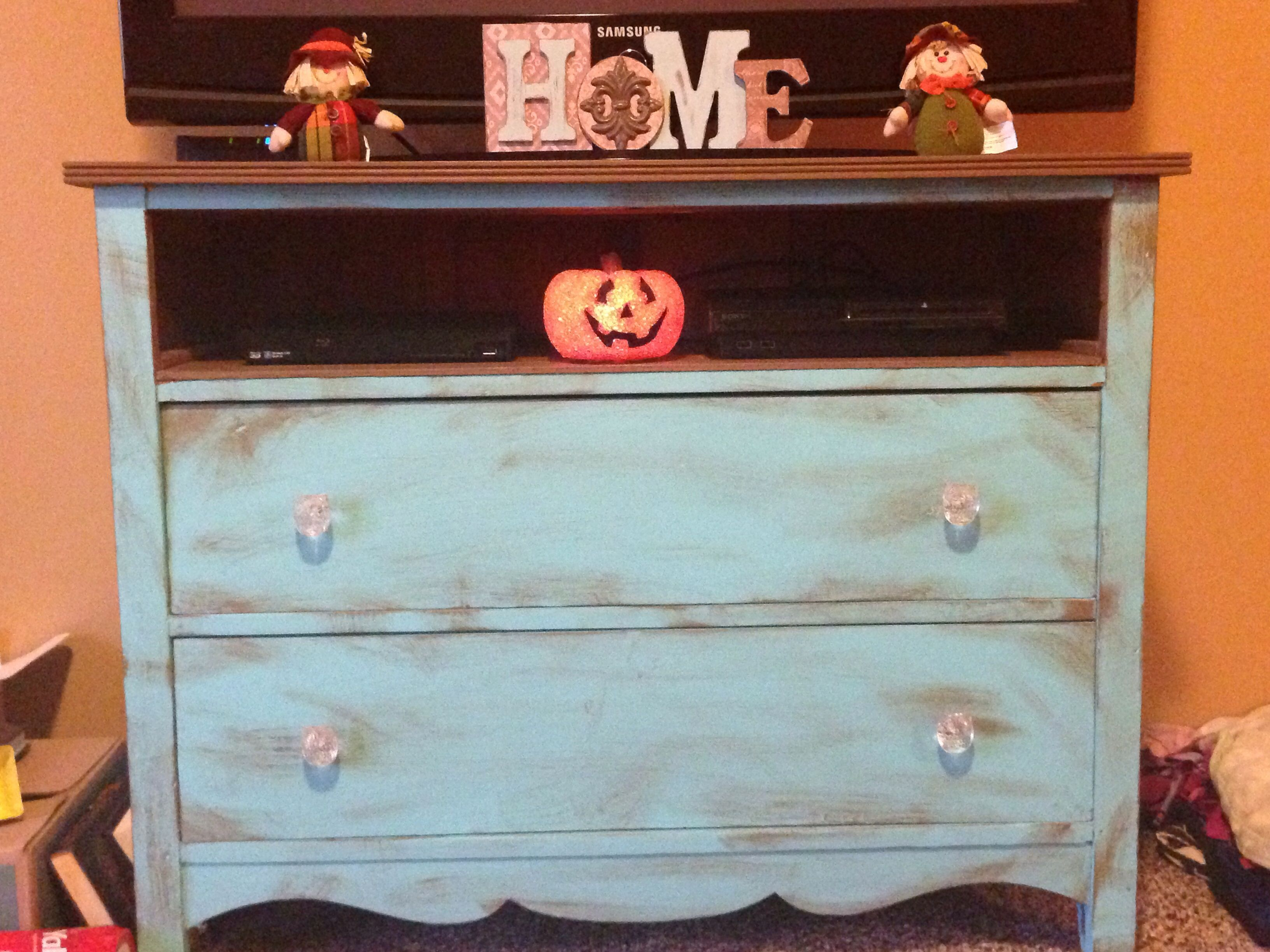black tag wooden plans barn with mirror tags full dresser home refurbished size pottery of looking good dressers
