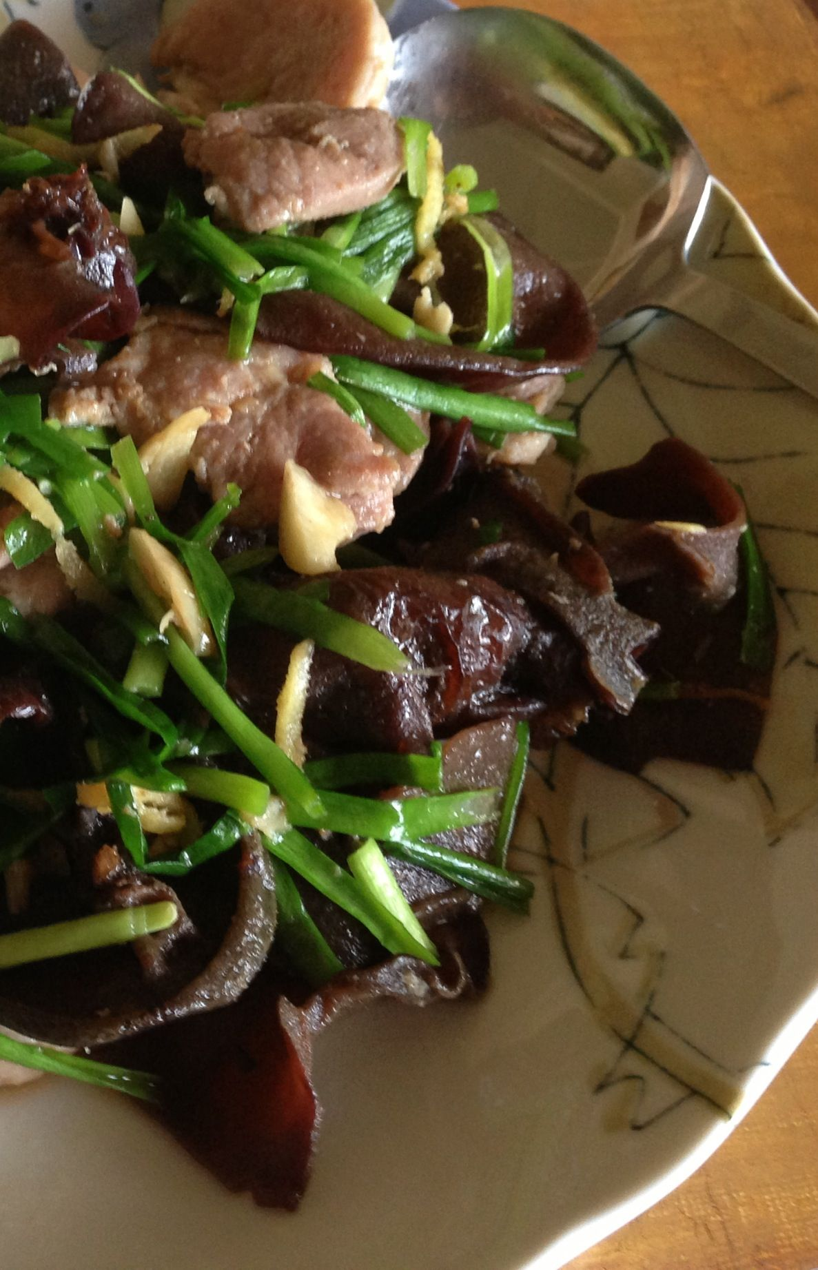 Pork and Tree Fungus Pan-Fry