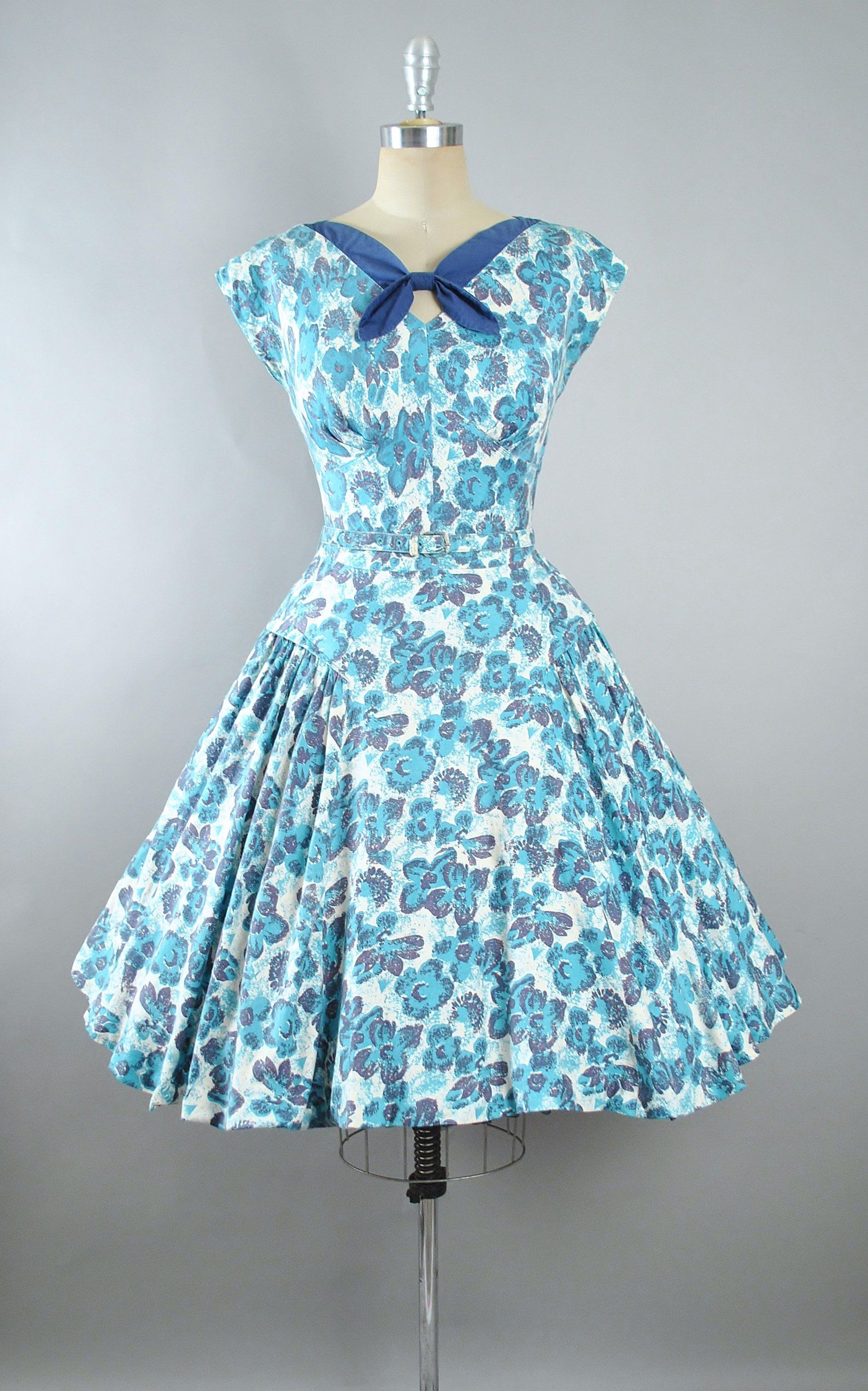 Vintage 50s Dress 1950s Cotton Belted Sundress Turquoise Etsy Vintage Dresses 50s Dresses Vintage 1950s Dresses [ 2544 x 1588 Pixel ]