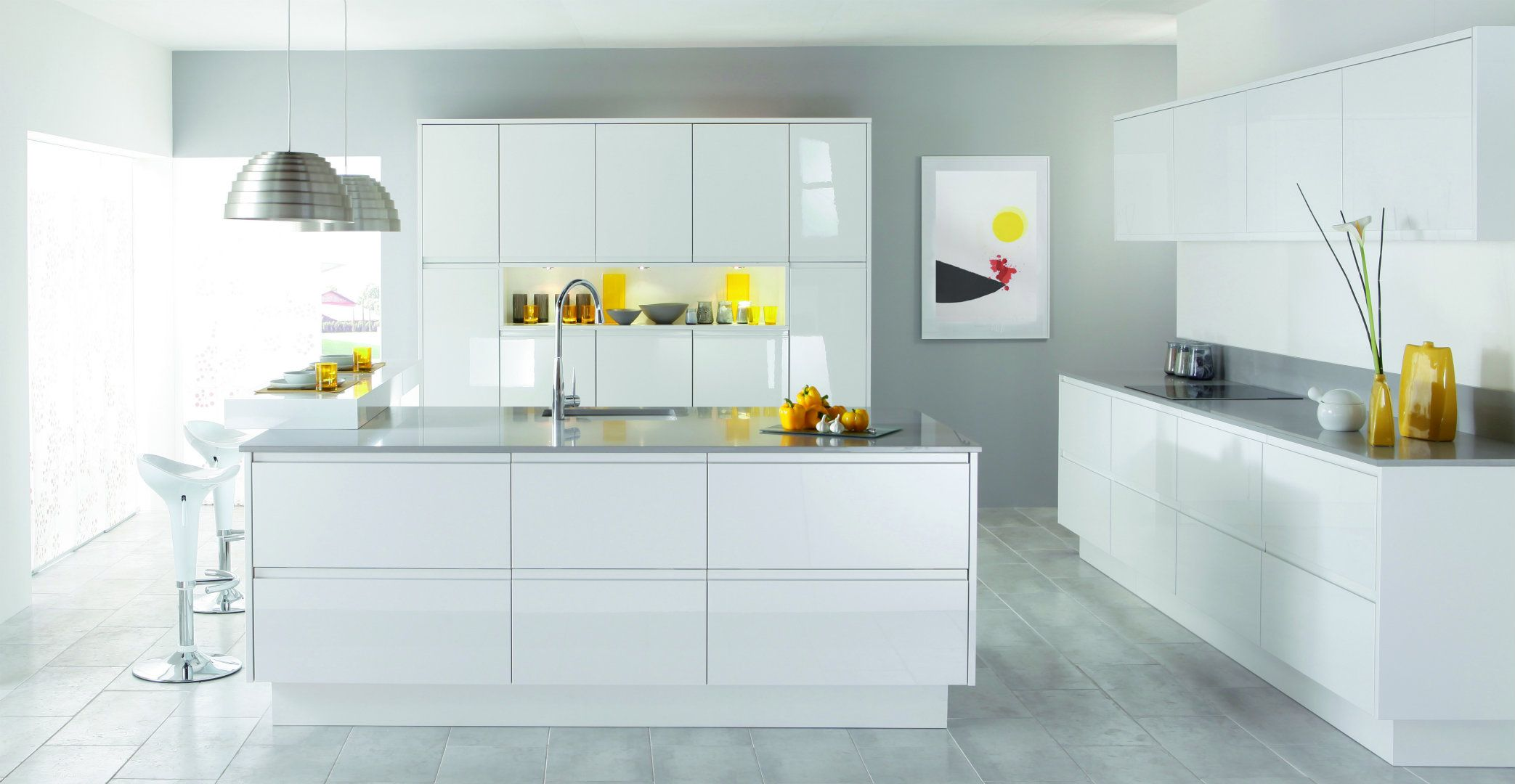 Brilliant high gloss handle free in white | Stunning Modern Kitchens ...