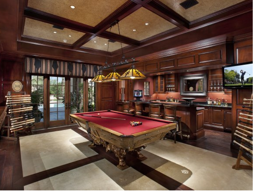 Billiards Room with Bar Billiards Room with