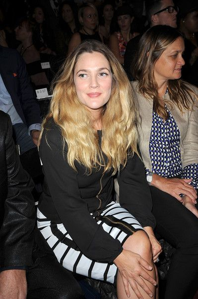 Drew Barrymore Photos - Anna's Loud - Front Row - Spring 2016 New York Fashion Week - Zimbio