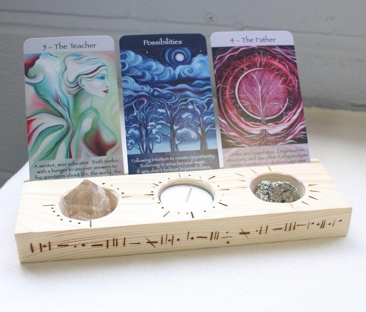 Crystal tarot card holder