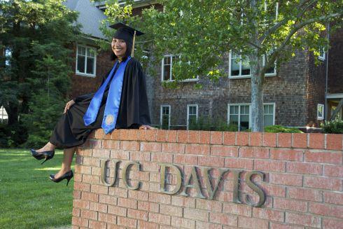 Uc Davis Graduation 2020.Ucdavis Favorite Photo Spot College Graduation Pictures