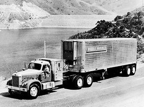 Little Audrey S Diamond T Big Rig Trucks Big Trucks Freightliner Trucks