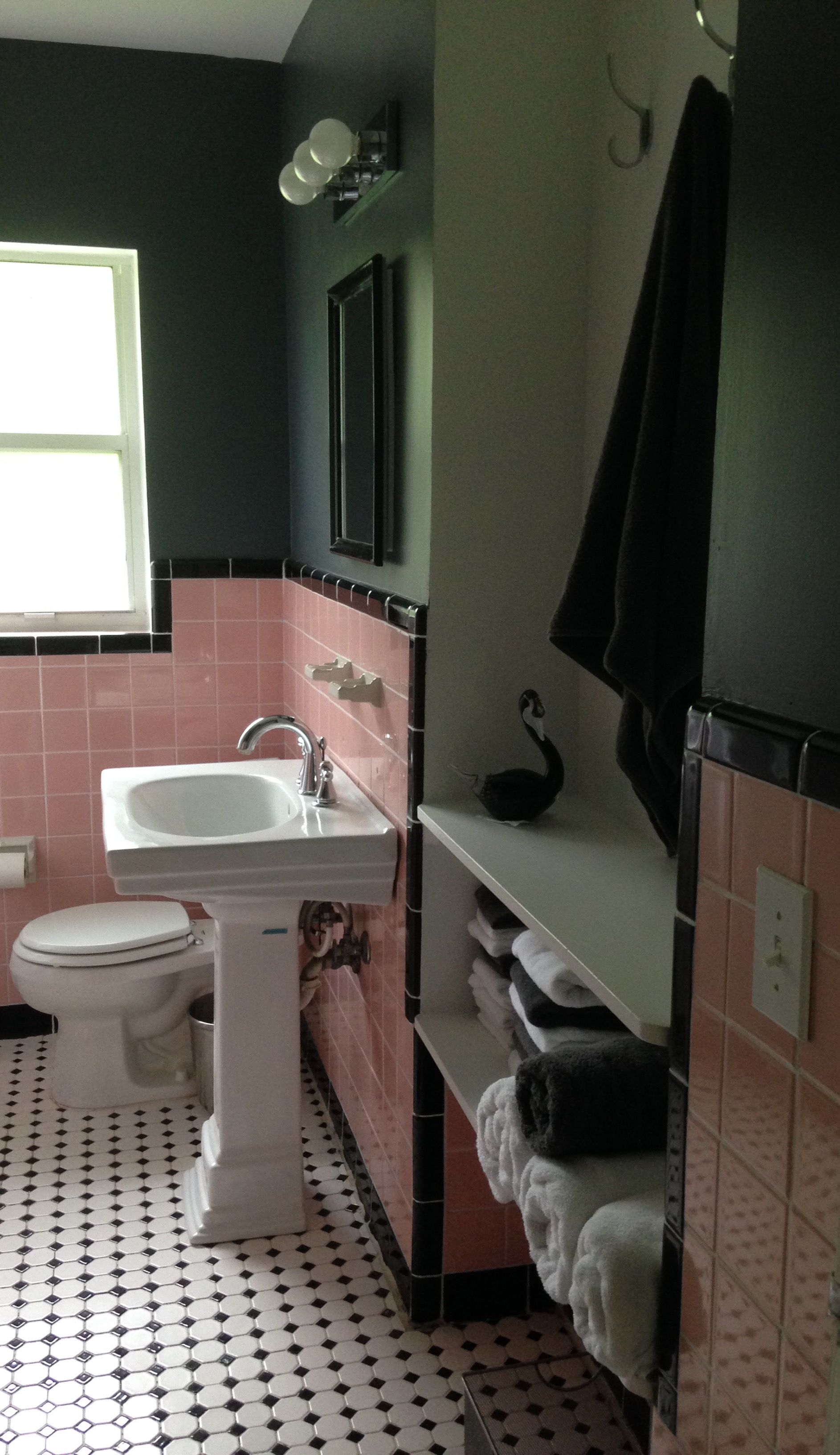 1950S Pink Bathroom Update