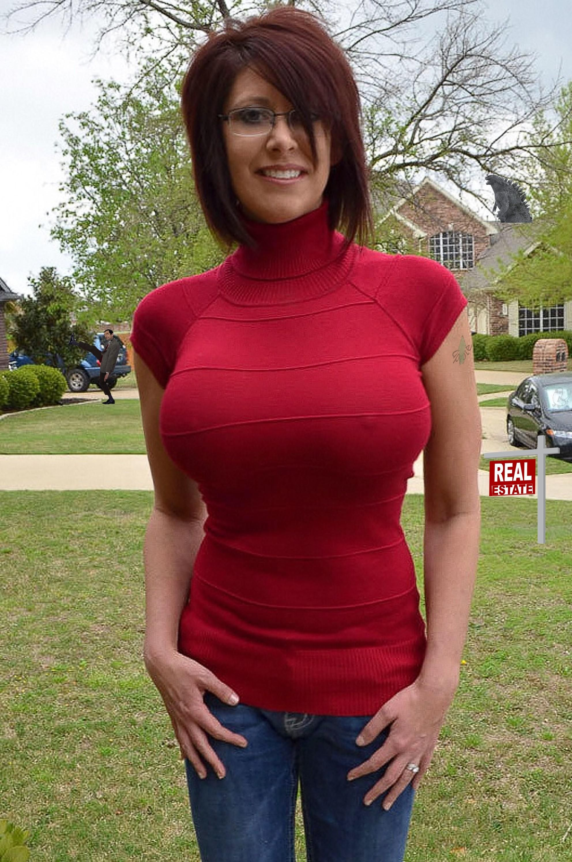 Busty Milf Pokies In Sweater  Milfs  Pinterest-2507