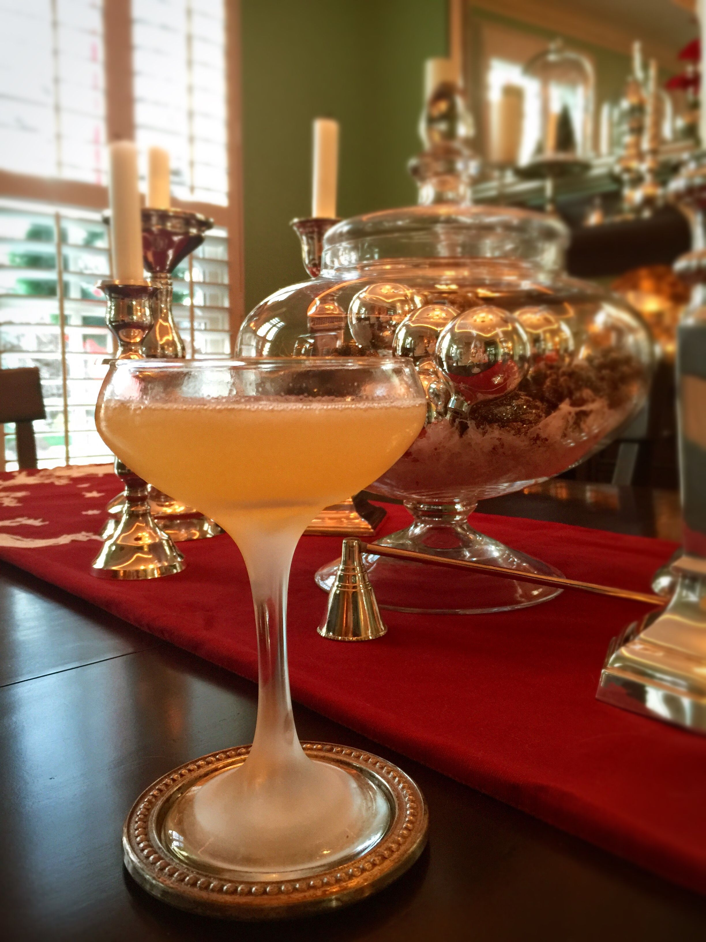Today S Featured Cocktail The Oldest Living Confederate Widow Gin Honey Syrup Lemon Orange Bitters And A Splash Of Absinthe Mak Cocktails Drinks Bartender