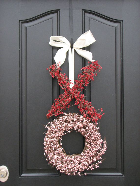"valentines day wreath! I think I am going to try this but mixed with the ""felt"" wreath I've seen around.  White for the X and Red for the O :)"