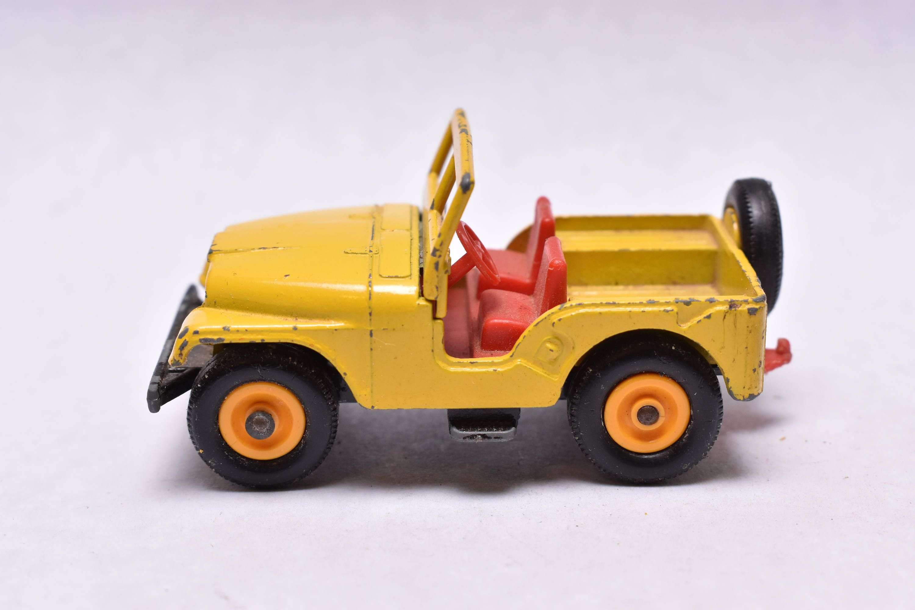 Matchbox Lesney No 72 Jeep Cj Standard Jeep Yellow 1960 S Made