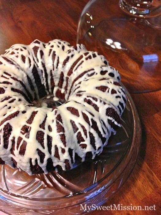 Triple Chocolate Sour Cream Bundt Cake 2 Jpg 525 700 Devils Food Cake Mix Recipe Sour Cream Honey Buns