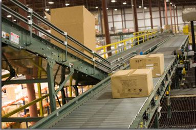 Parcels And Packages On A Conveyor Belt System At A Distribution Warehouse Supply Chain Management Supply Chain Dropshipping