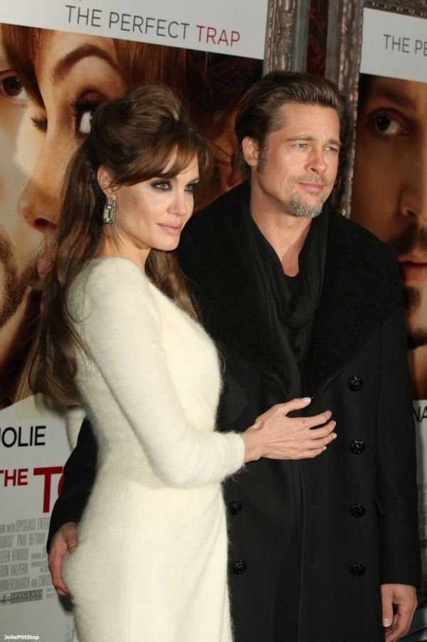 Picture Of Angelina Jolie Brad Pitt And Angelina Jolie Angelina Jolie Brad Pitt