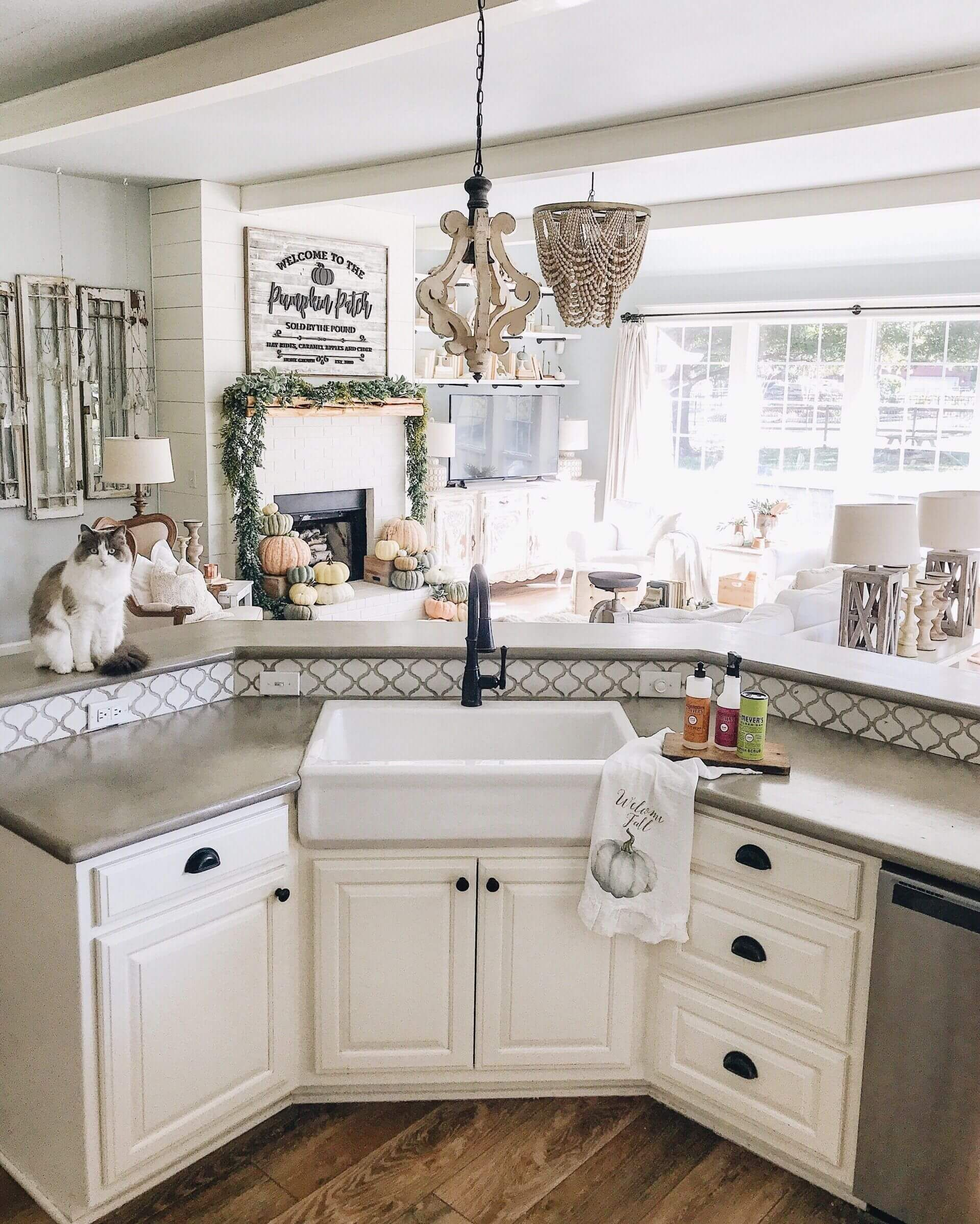Farmhouse Sink In The Island Corner Corner Farmhouse Island Sink Farmhouse Sink Kitchen Kitchen Island With Sink Corner Sink Kitchen