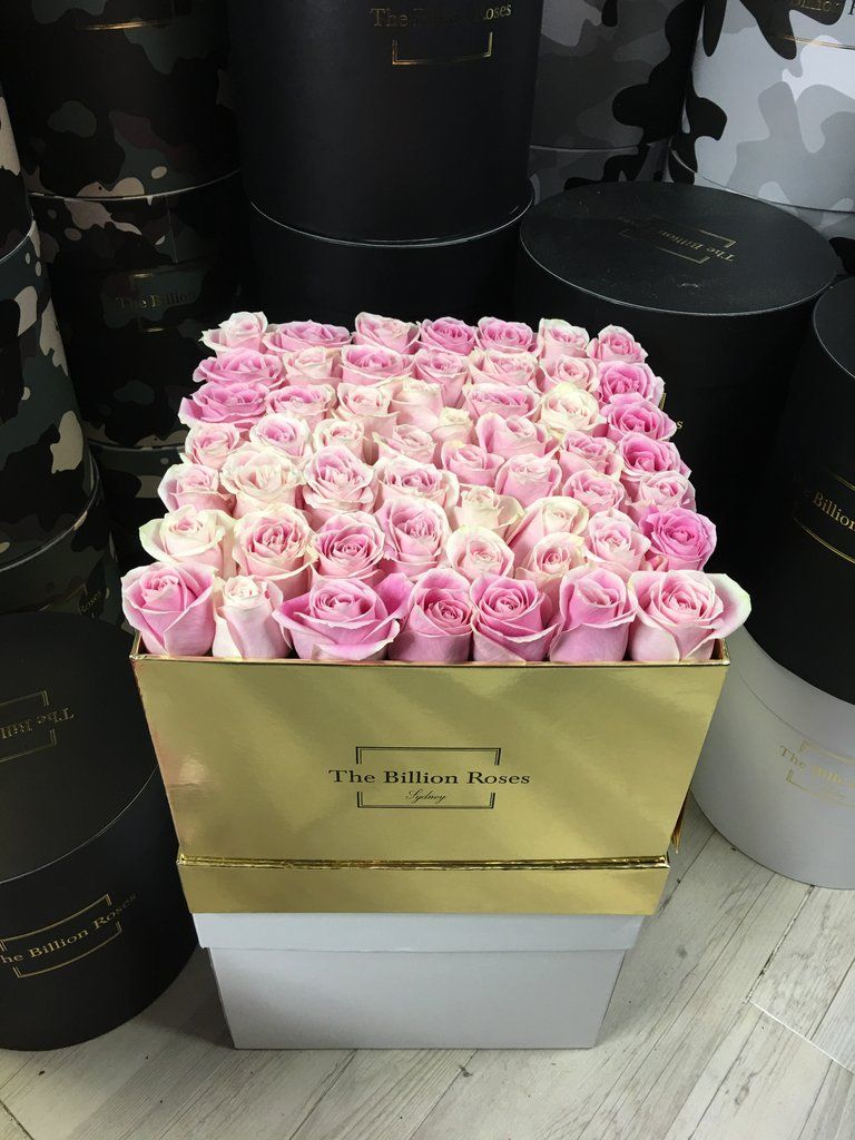 Deluxe Large Square Lasts 1 Week Only Sydney Delivery Billion Roses Rose Flower Delivery