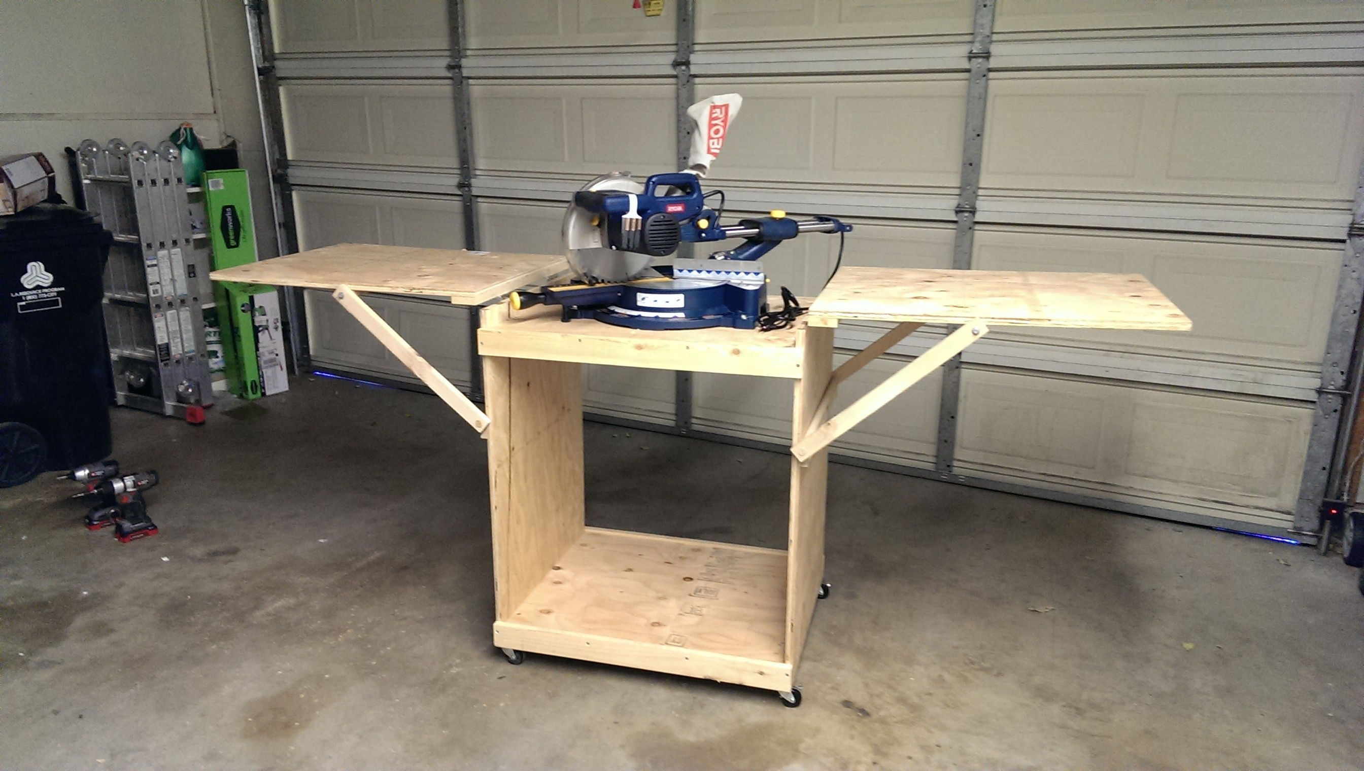 Miter Saw Cart Do It Yourself Home Projects From Ana