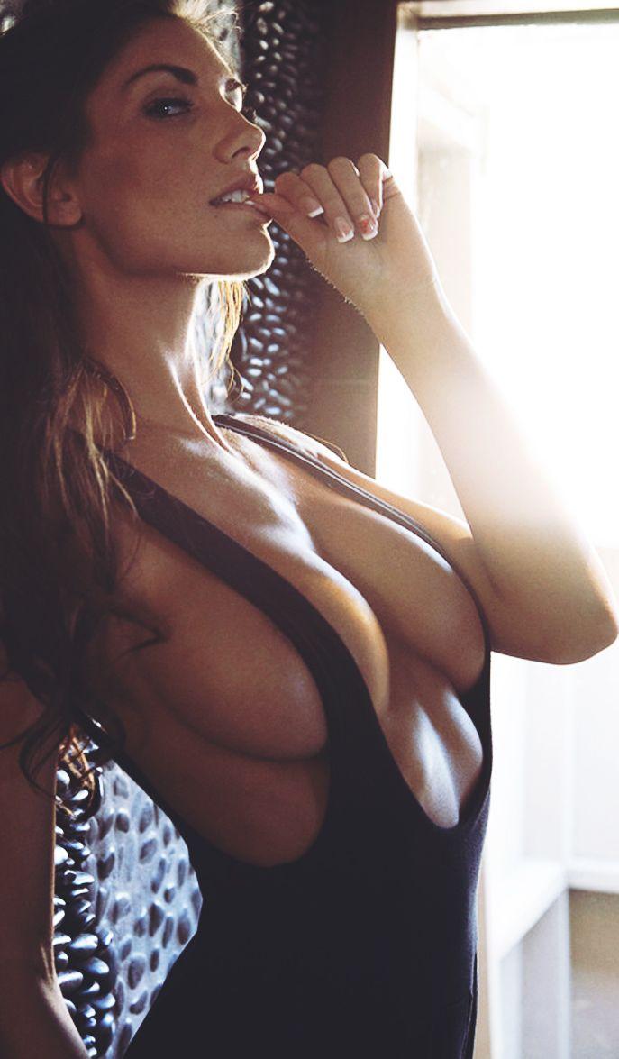 Sideboob gif