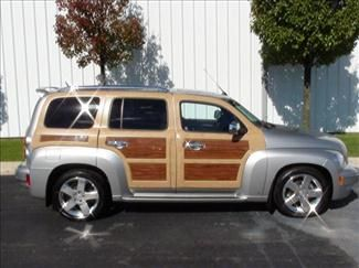 Hhr Custom Accessories Chevrolet Hhr Chevy Suv Chevrolet Hhr 2006 Woody 2lt Leather One Of Chevy Suv Chevy Suv