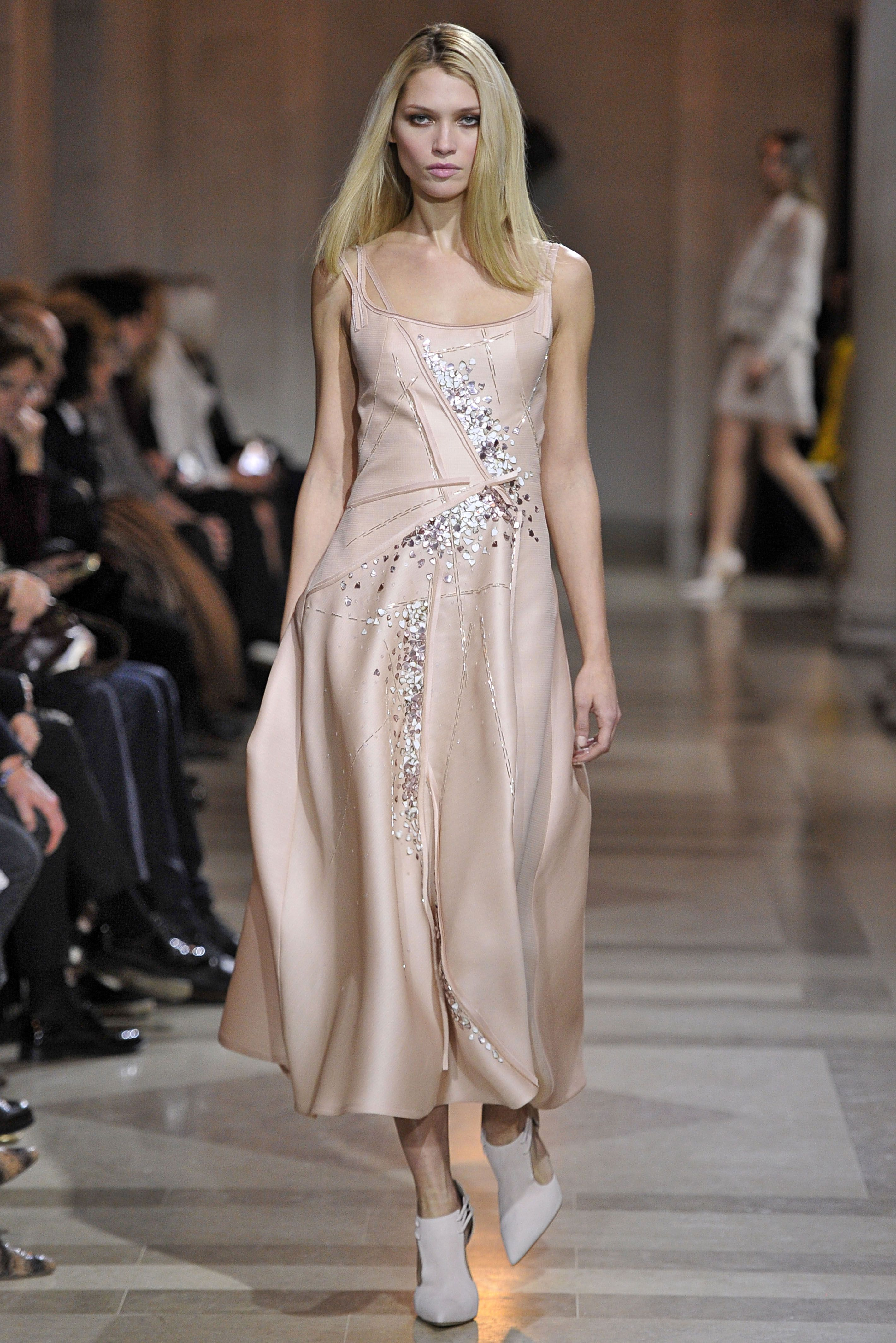b818540aa866 Carolina Herrera Fall Couture ~M   M~