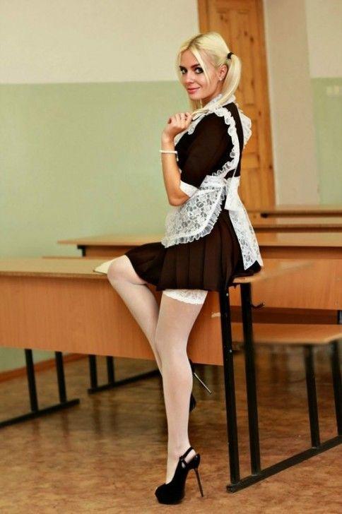 Club dancing in short skirt pics