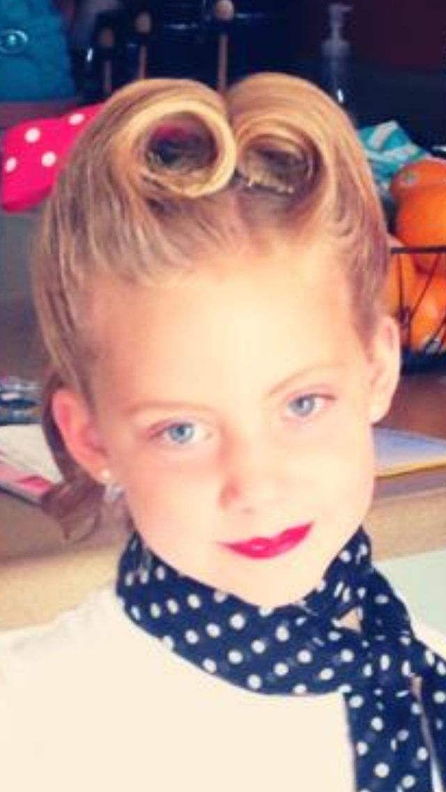 Vintage 1950 S Era Hair With Victory Rolls I Fixed My Little Girl S Hair For A Fifties Day At Her School Little Girl Hairstyles Girl Hairstyles Victory Rolls