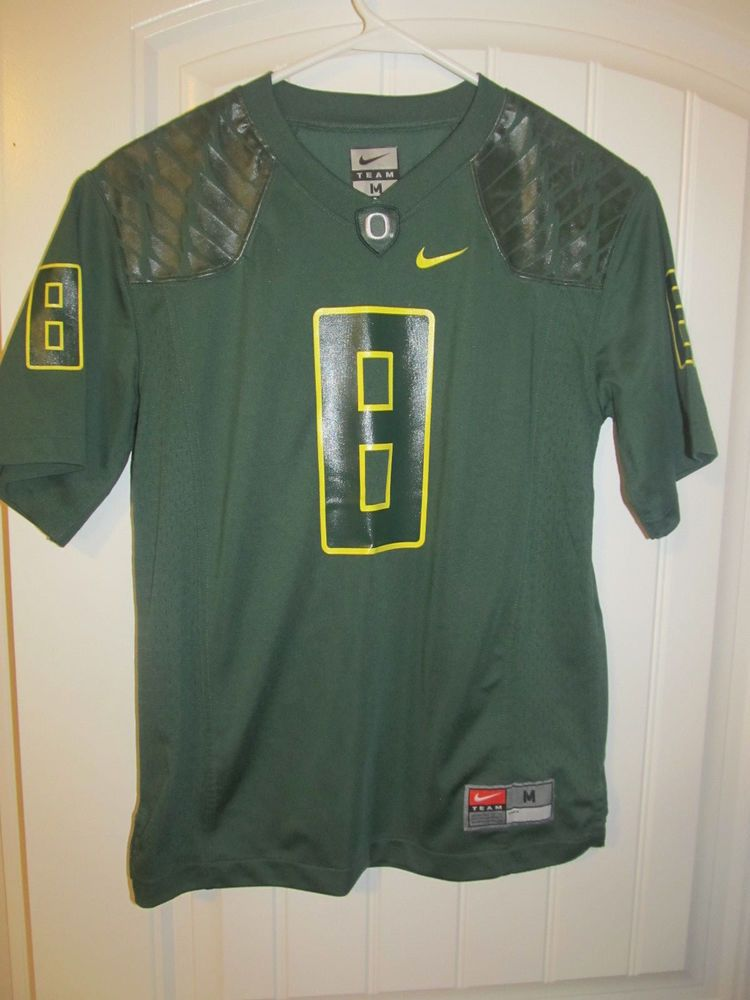 pretty nice 16dd8 7cb07 Oregon Ducks  8 football jersey - Nike youth Medium  Nike  OregonDucks