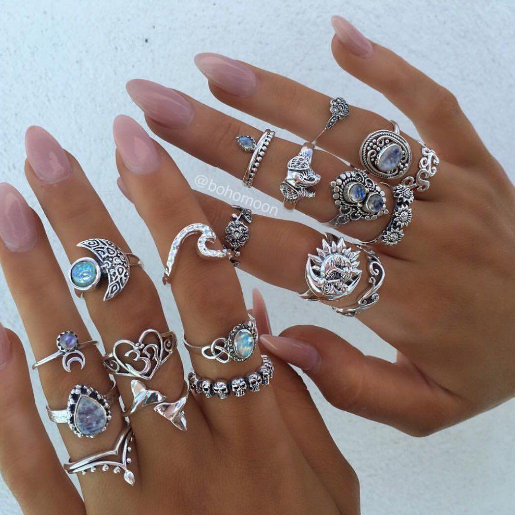 Pinterest↠ alejandraaaa21 Hand jewelry, Jewelry