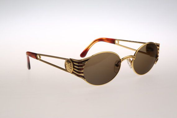 fa78c5f23a4 Fendi FS 300 Col 358   Vintage sunglasses   NOS   90s unique and ...
