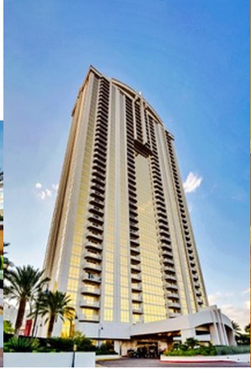 Las Vegas Nv Aaa 2 Rooms 2 Bath Suite At The Signature Condo