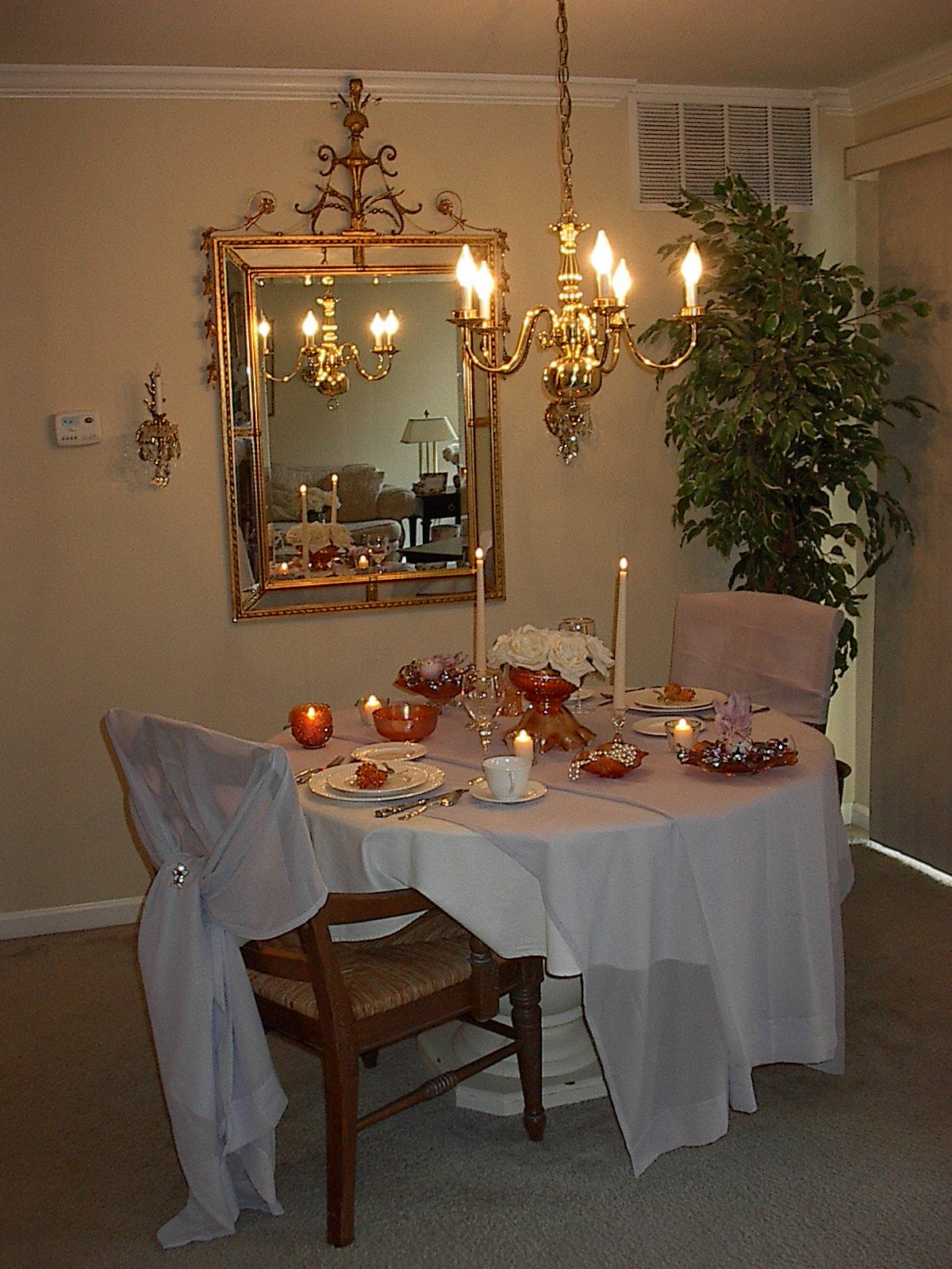 Romantic Dining Room: