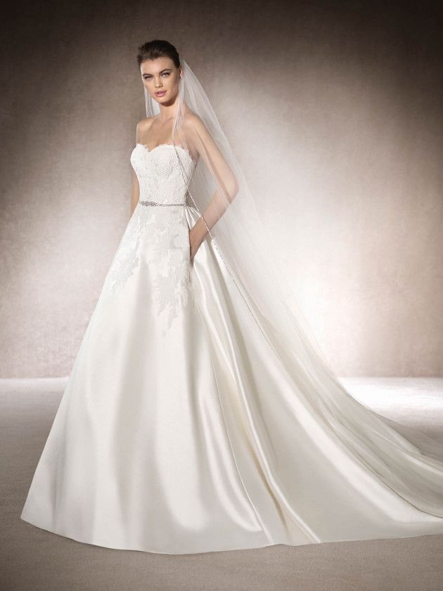 pin von p. dewi k.z auf straples white dresses