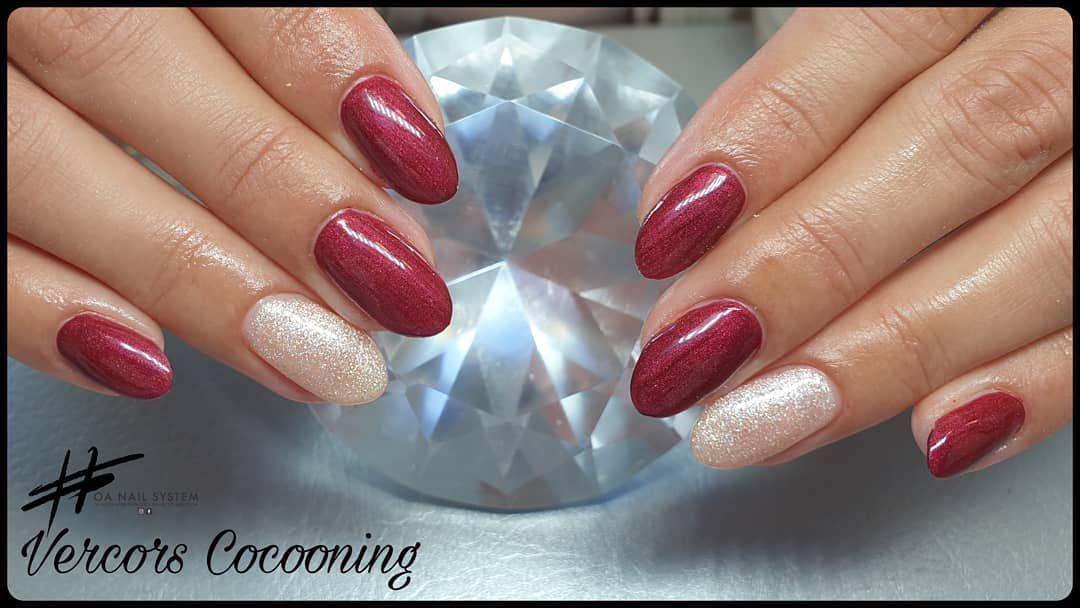 Vernis semi permanent . . . #vercorscocooning #Vercors #Stjeanenroyans #royans #nails #nailsfactory #nailspro #nailsdesing #OngleAccess #nailsglitters #nailsart #beautifulnails #sweetnails #almondnails #rednails