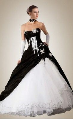 Hot Floor-length Black and White Lace-Up Wedding Dress | wedding ...