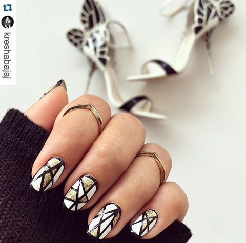#Repost @KreshaBajaj //   #NykaaLoves Saturday BWG #details #nailfie #stylediaries #love #nailart #fashiondiaries